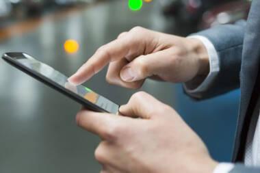 Google запустил приложение, которое выполняет денежные переводы, используя ультразвук